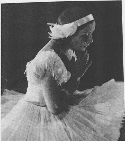 Ballerina as Swan Queen