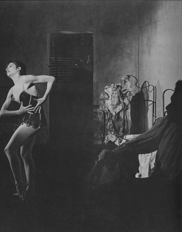 """Zizi Jeanmaire in Petit's """"Carmen"""" Scene III"""